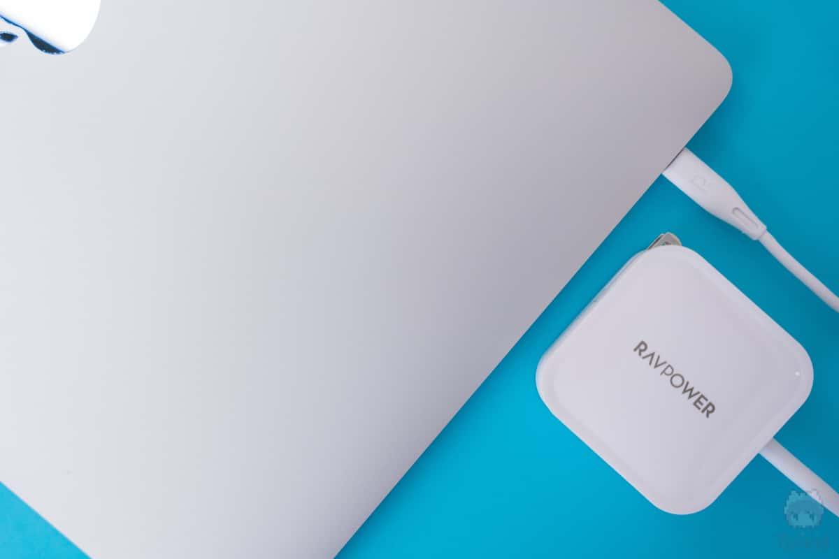 MacBook Pro 16″へゆとりのある充電を。