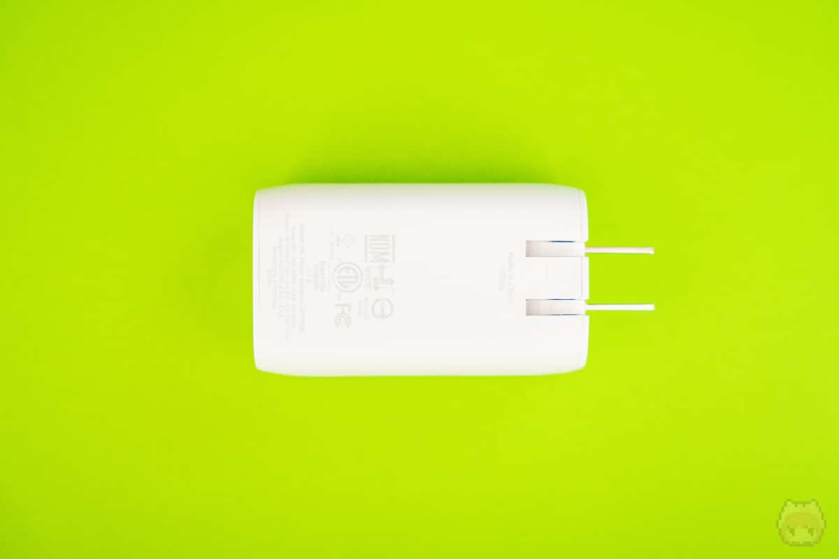 BOOST↑CHARGE USB-C + USB-A Wall Charger 30W裏面。